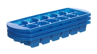 Pack of 3 ice cube trays.